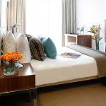 PARK PLAZA LONDON HOTEL
